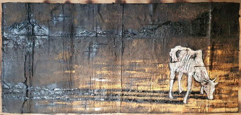 Mucca bianca e ombra - 170x81 - Carta catramata vecchia e colori acrilici - Gabriele Cantadore